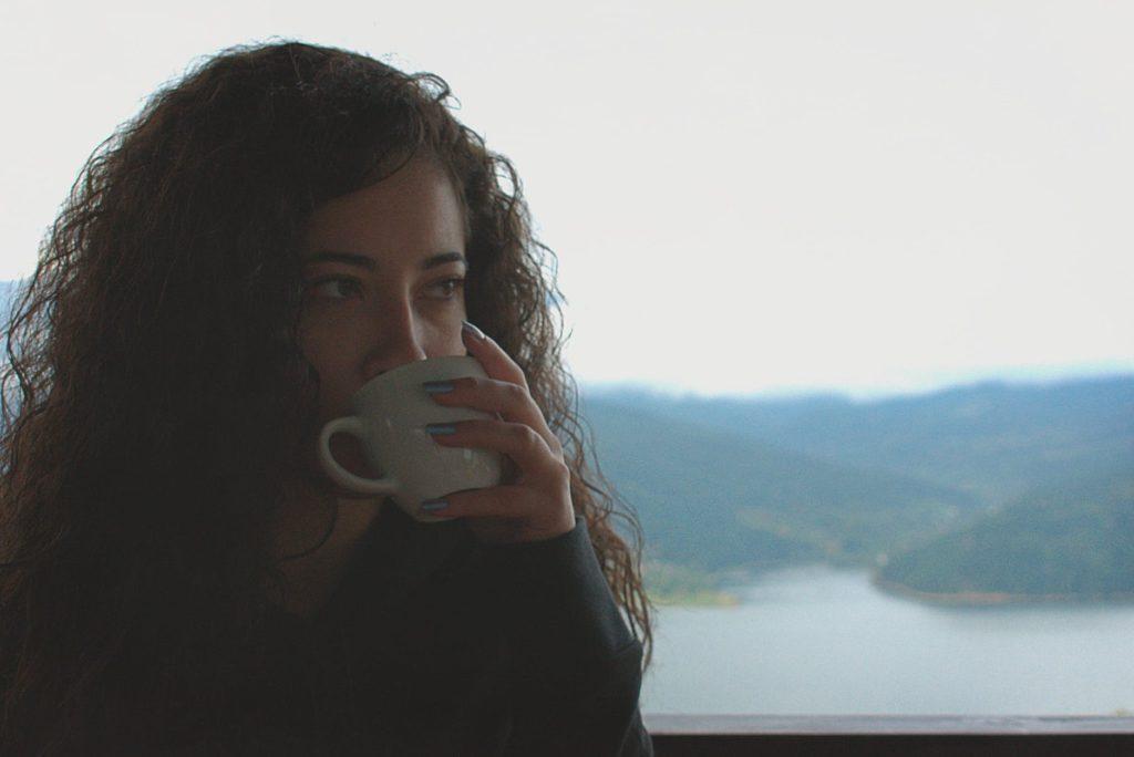 запознанства самотни жени